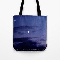 Mond am Südhorizomt. Tote Bag