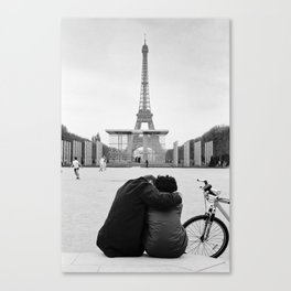Paris Lovers Canvas Print