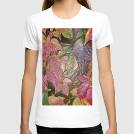 Glossy autumn leaves T-shirt