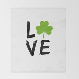 Love St Patricks Day Throw Blanket