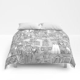 vintage halloween black white Comforters