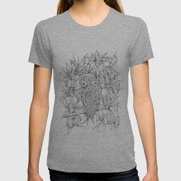 Nicobar pigeon in line T-shirt