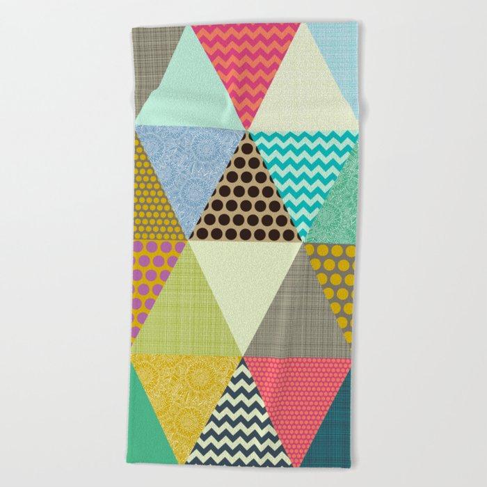 New York Beauty triangles Beach Towel