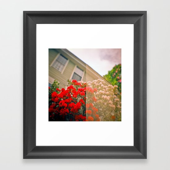 Snow White and Rose Red Framed Art Print