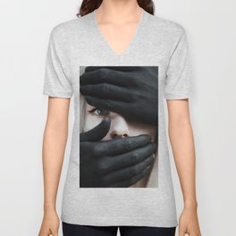 Don't be afraid Unisex V-Neck