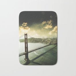 golden gate bridge in san francisco Bath Mat