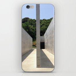 Lee Ufan Museum, Naoshima Island - Ellie Wen iPhone Skin