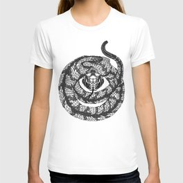 SNAKE head. psychedelic / zentangle style T-shirt