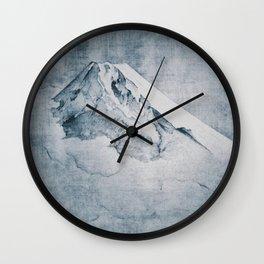 Higher Highs Wall Clock
