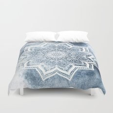 BLUEISH SEA FLOWER MANDALA Duvet Cover