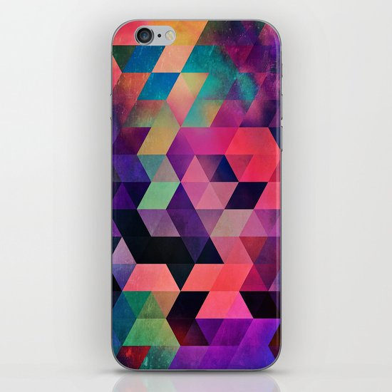 rykynnzyyll iPhone & iPod Skin