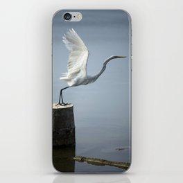 White Heron´s Fly iPhone Skin