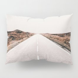 ROAD - HIGH WAY - LANDSCAPE - PHOTOGRAPHY - NATURE - ADVENTURE - SKY Pillow Sham