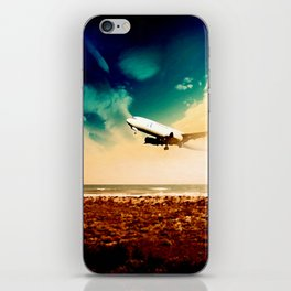 FEAR OF FLYING FOR UNKNOW LANDS iPhone Skin