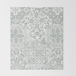 celtic mushroom Throw Blanket