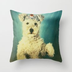 le Queen Throw Pillow
