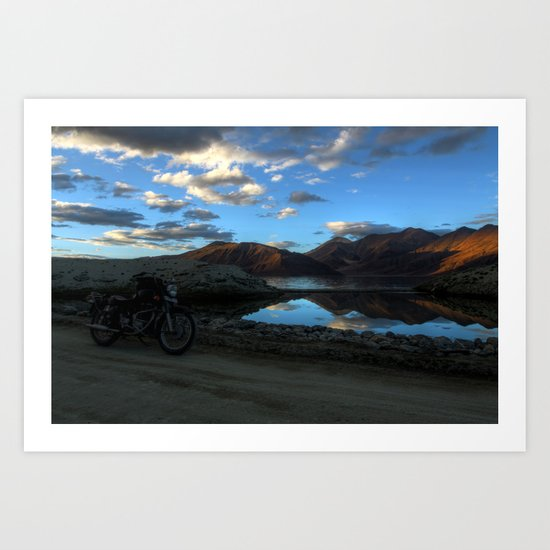Pangong Blues! Art Print