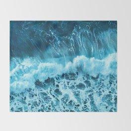Sea wave Throw Blanket