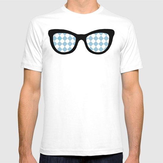 Diamond Eyes on Blue T-shirt