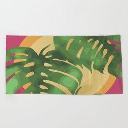 Tropical splendour Beach Towel