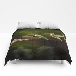 Humming Bird in Flight Comforters