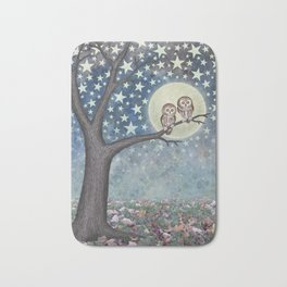 northern saw whet owls under the stars Bath Mat