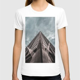 Epic Look Up View of the Chicago's John Hancock Building T-shirt