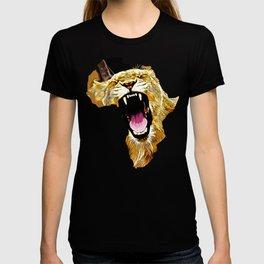african lioness safari cat v2 vector art T-shirt