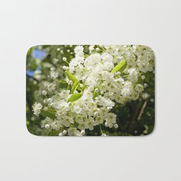 Summer White blossom Bath Mat