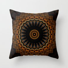 Traveling toy Throw Pillow