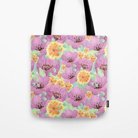 floral pattern. 3 Tote Bag