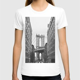 Brooklyn Bridge in New York, USA | Photography print | abstract travel art | Tipical NY building architecture photo Art Print T-shirt