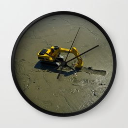 Little helper Wall Clock