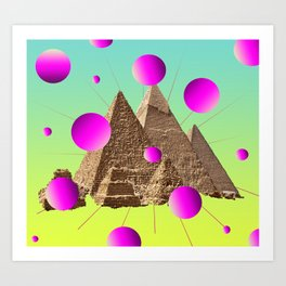 Pyramidaction Art Print