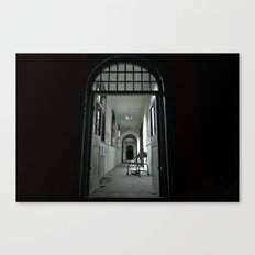 Where my darkness goes Canvas Print