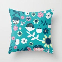 Sweet woodland pattern Throw Pillow