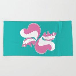 Skunk Le Pink (c) 2017 Beach Towel