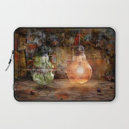 Quickly shot Laptop Sleeve