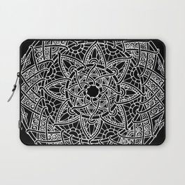Family: forever intertwined (black) Laptop Sleeve