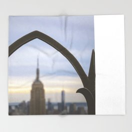 Empire state of mind Throw Blanket