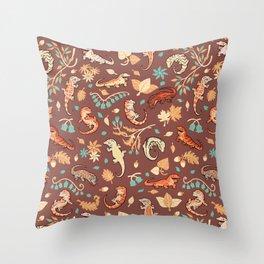 Autumn Geckos in light brown Throw Pillow