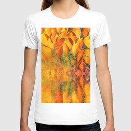 Autumn background T-shirt