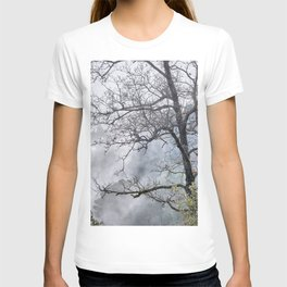 Mistery foggy mountains. Into the woods T-shirt