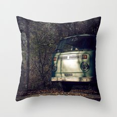 VwT2-n.10 Throw Pillow