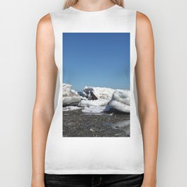 Icebergs and the big Dog Biker Tank