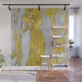 Whipped Cream Marble with 24-Karat Gold Veins Wall Mural