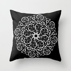 Trepadora Blanca Throw Pillow