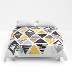 Triangle Abstract / Black & Yellow Comforters