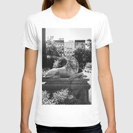 Elizabeth Street Garden II T-shirt