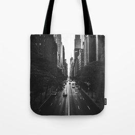 New York City (Black and White) Tote Bag